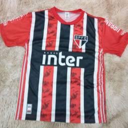 Camisas de time de futebol R$ 30 a unidade