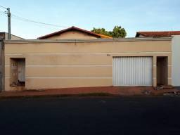 Casa Bairro Santa Mônica - CA0639