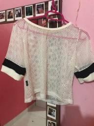 Título do anúncio: blusa/camisa/cropped de tela M