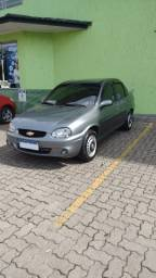 Corsa Sedan 1.6 GLS