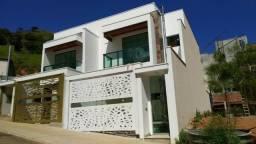 Casa em Ipatinga, 3 Suítes, 185 m², 2 vgs livres, área gourmet. Valor 550 mil
