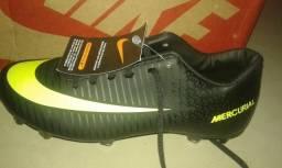 Vendo chuteira Nike Mercurial n 39 nova na caixa