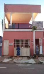Sobrado com 02 Casas Independentes - Ótima Localização