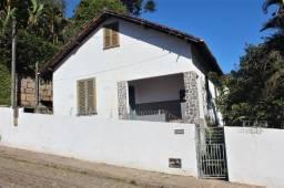 Vende-se casa, em ótima rua sem saída, no Bingen - Petrópolis