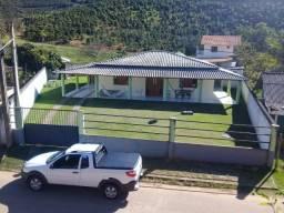 Chácara de mil m2 com casa maravilhosa em Venda Nova do Imigrante