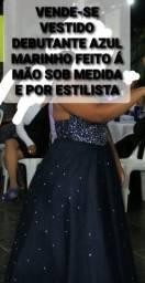 Título do anúncio: Vende-se Vestido Debutante Azul Marinho em Pedraria E sob medida