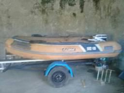 Vendo só o bote  baixei de 1500 pra 1300