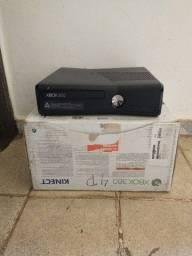 Xbox 360 novo e com sua caixa