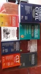 Vendo coleção  de  livros de direito. Atualizados.