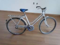 Título do anúncio: Bicicleta antiga Caloi Poti - toda original