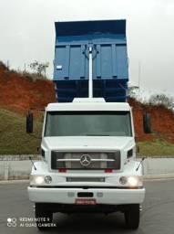 Caminhão Mercedes caçamba 2638