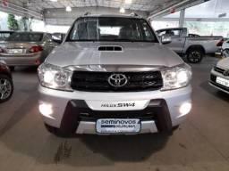 Toyota Hilux Sw4 3.0 SRV 4X4 7 LUGARES 16V TURBO INTERCOOLER DIESEL 4P AUTOMATICO