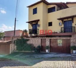 Casa à venda com 3 dormitórios em Taquara, Rio de janeiro cod:TQCA30045