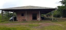 Lindo sitio em Manacapuru, km 69, ramal do Acajatuba c casa de três quartos