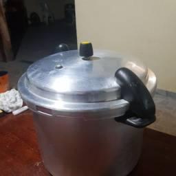 Panela de pressão  22 litros