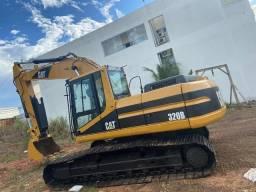 Escavadeira Caterpillar 320