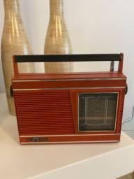 Rádio Motoradio antigo funcionando