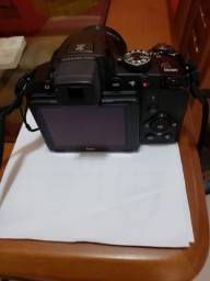 Título do anúncio: Câmera Semi Profissional Nikon Colpix P510