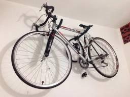 Título do anúncio: Suporte Para Bicicleta de Parede Suporta até 2 Bikes
