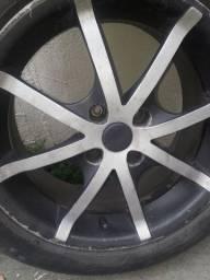 Vendo rodas com pneus em ótimo estado ( aro 15)