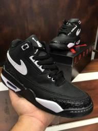 Tênis Nike Air Jordan Bulls