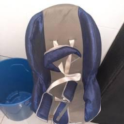 Cadeira para criança de 9 a 25 kg