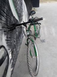 Bicicleta aro 26, usada, valor 200,00