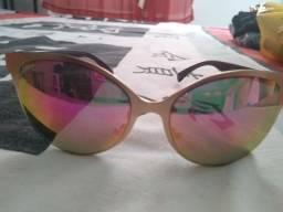 aee6220726ffc Óculos femininos pouco usados