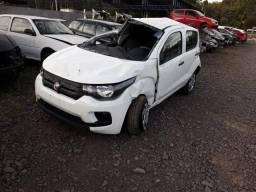 Fiat Mobi 1.0 2018 vendido em peças