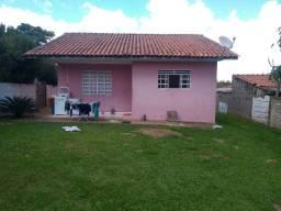 Título do anúncio: Linda residência c/ amplo lote em Uvaranas - A/C Imóvel maior valor !!!