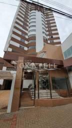Apartamento para locação no Edifício Delucci no Centro