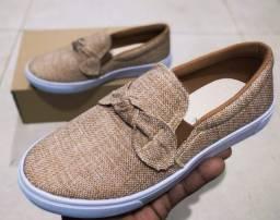 Título do anúncio: Calçados In Confort Laçinho