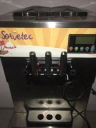Máquina de sorvete semi nova