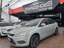 Ford focus sedan 2.0 manual Gnv