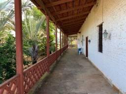 Vendo casa ampla com 3 quartos em terreno imenso no Bairro Dunas - Fortaleza-CE