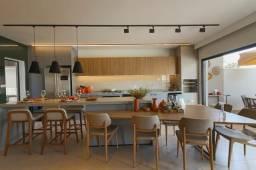 Título do anúncio: Casa Térrea - 3 Suítes - Jardins Lyon