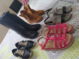 Título do anúncio: Lote de calçados menina número 33