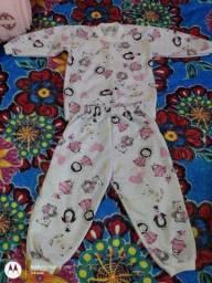 Pijamas bebê, ler a descrição