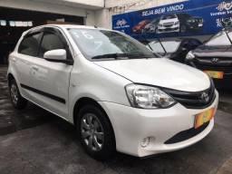 Título do anúncio: Toyota Etios XS 1,5 - ´Único dono - Novo demais!