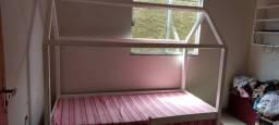 Vendo uma cama casinha