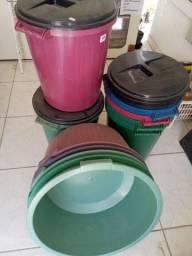 Utilidades baldes e bacias