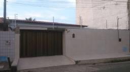 Casa Plana Residencial ou Comercial Parangaba 331,73m2² com 4 suítes