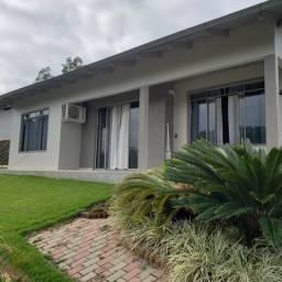 Casa a venda em Laurentino