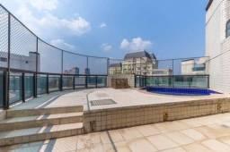 Cobertura no Panamby, SP - Adega, piscina e espaço gourmet, 4 suítes e 6 vagas de garagem!