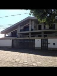 Mata da Praia, Mansão triplex 800 m2 de área construída, com 6 quartos, 4 suites com close