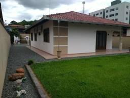 Vendo linda casa de alvenaria em Jaraguá do Sul