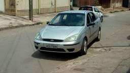 Troco em Dobloou carro de 7 lugares - 2004