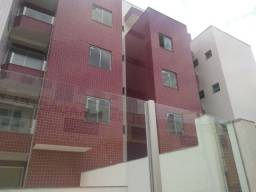 Apartamento c/ área privativa no Cardoso Barreiro de Cima prédio individual