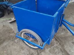 Bicicleta cargueira monark