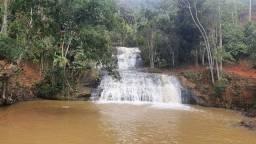 Linda cachoeira em Domingos Martins